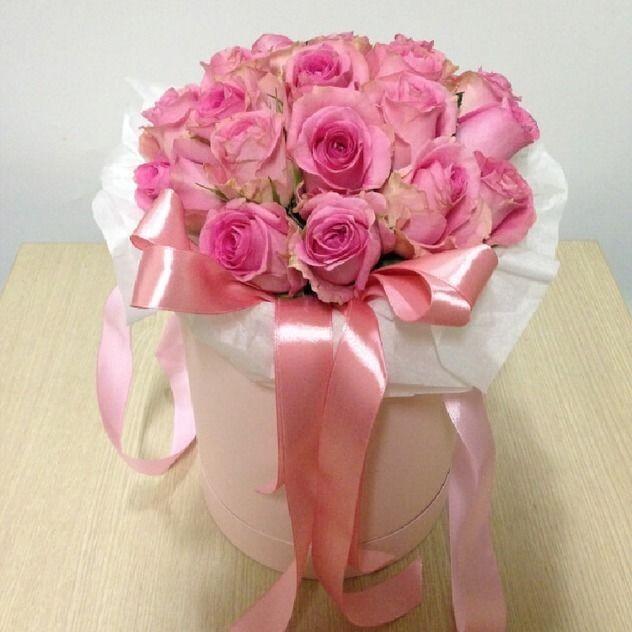 21 нежная роза в шляпной коробке